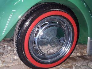 Skinner Autoworks - Car Detailing VW Beetle th 66 Pemasangan ban